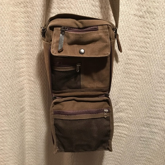 Ru Yi Huang Handbags - 👜EUC Burlap type Crossbody Bag👜